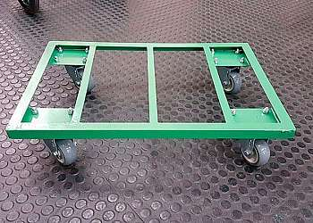 Carrinho de carga três rodas