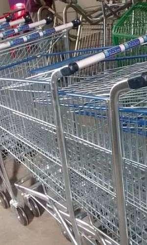 Manutenção em carrinhos de supermercado