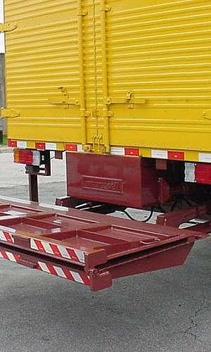 Plataformas elevatórias de carga veicular